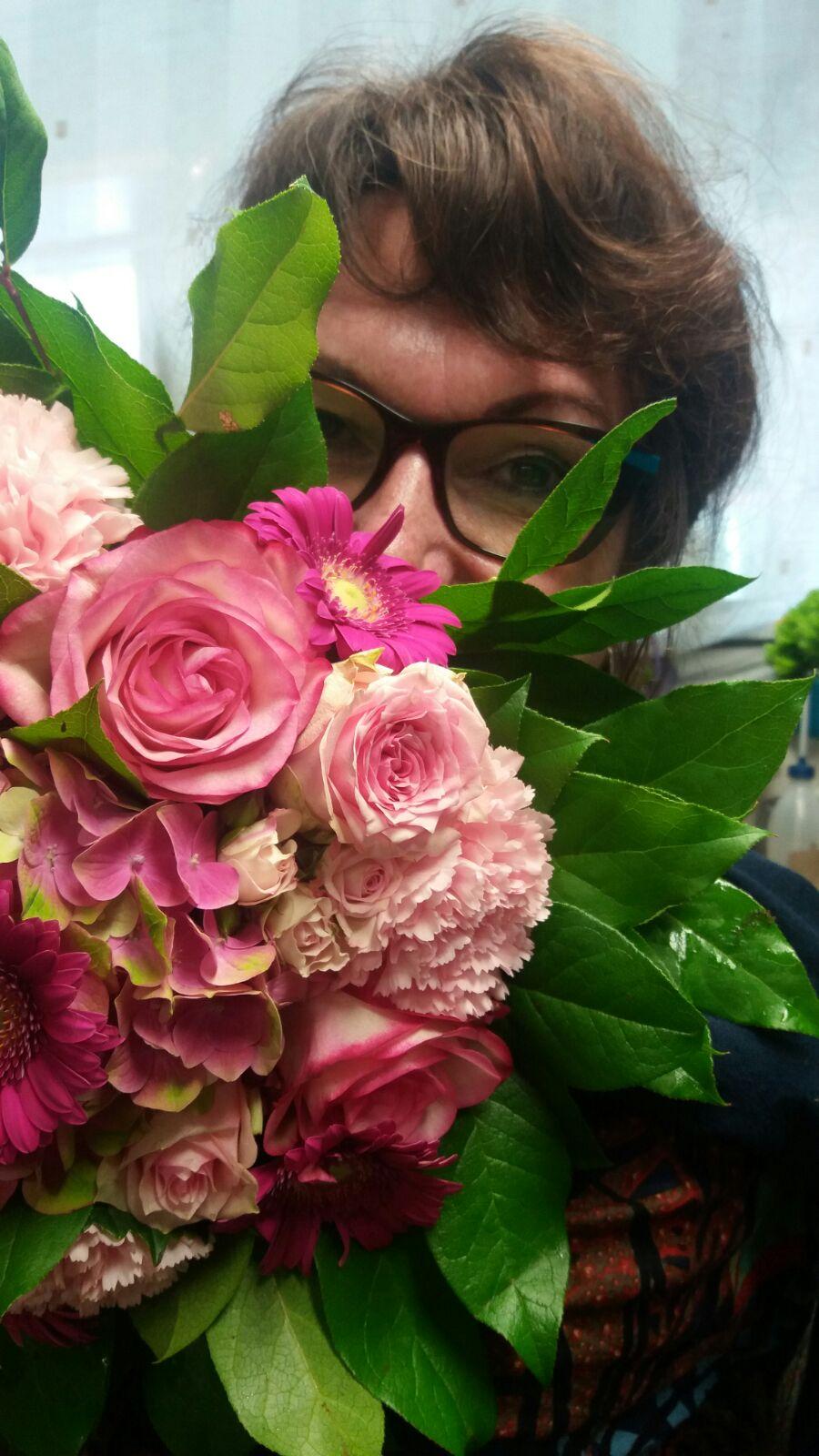 omgeving – hilde achter de bloemen